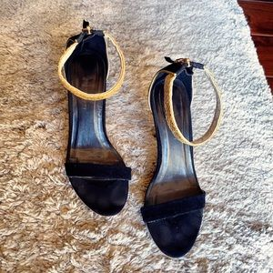 Shoes - Chic ankle strap sandals